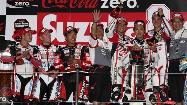 MuSASHi-RT-HARC-PRO–Yoshimura-Suzuki-Shell-ADVANCE-on-the-2014-Suzuka-8-Hour-podium-sm