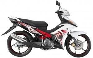 1-2014-Yamaha135LC4S-white-640x401