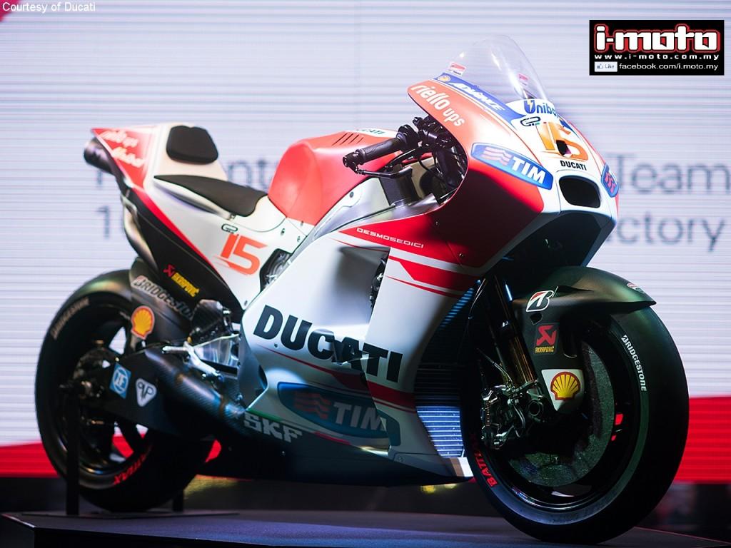 1-Ducati_MotoGP_Team_2015_Presentation_26