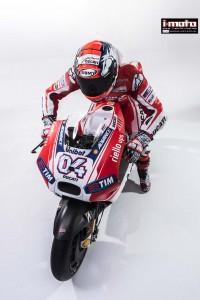 2015-Ducati-Desmosedici-GP15-MotoGP-photos-59