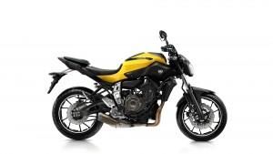 2015-Yamaha-MT-07-EU-Extreme-Yellow-Studio-002 copy