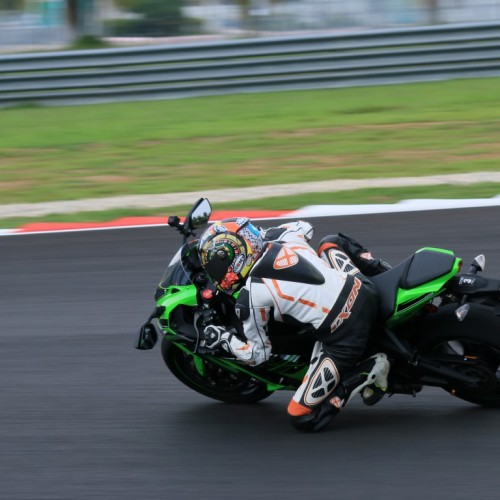 Kawasaki ZX10R Media Test at Sepang International Circuit