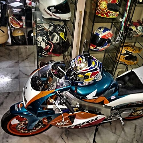 i-RiDE: 1996 NSR250SP PGRM4 MC28 RESTORED