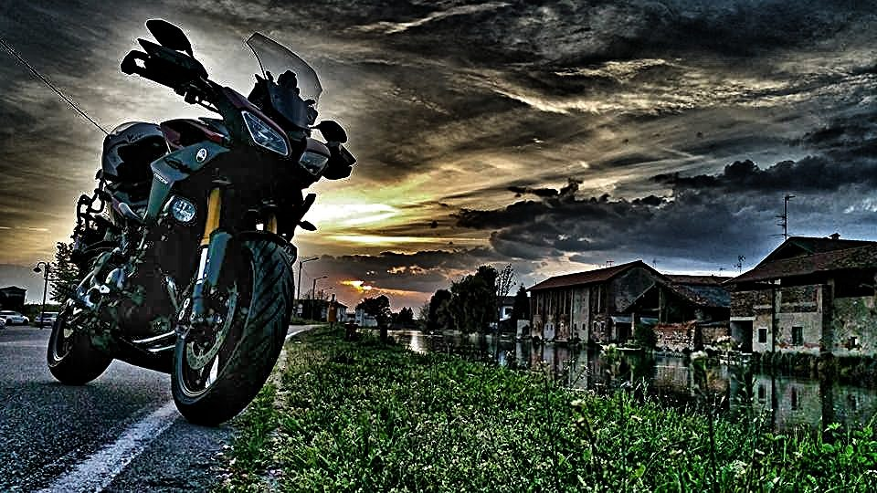 tracer photo in italy_i-MotoGrapher