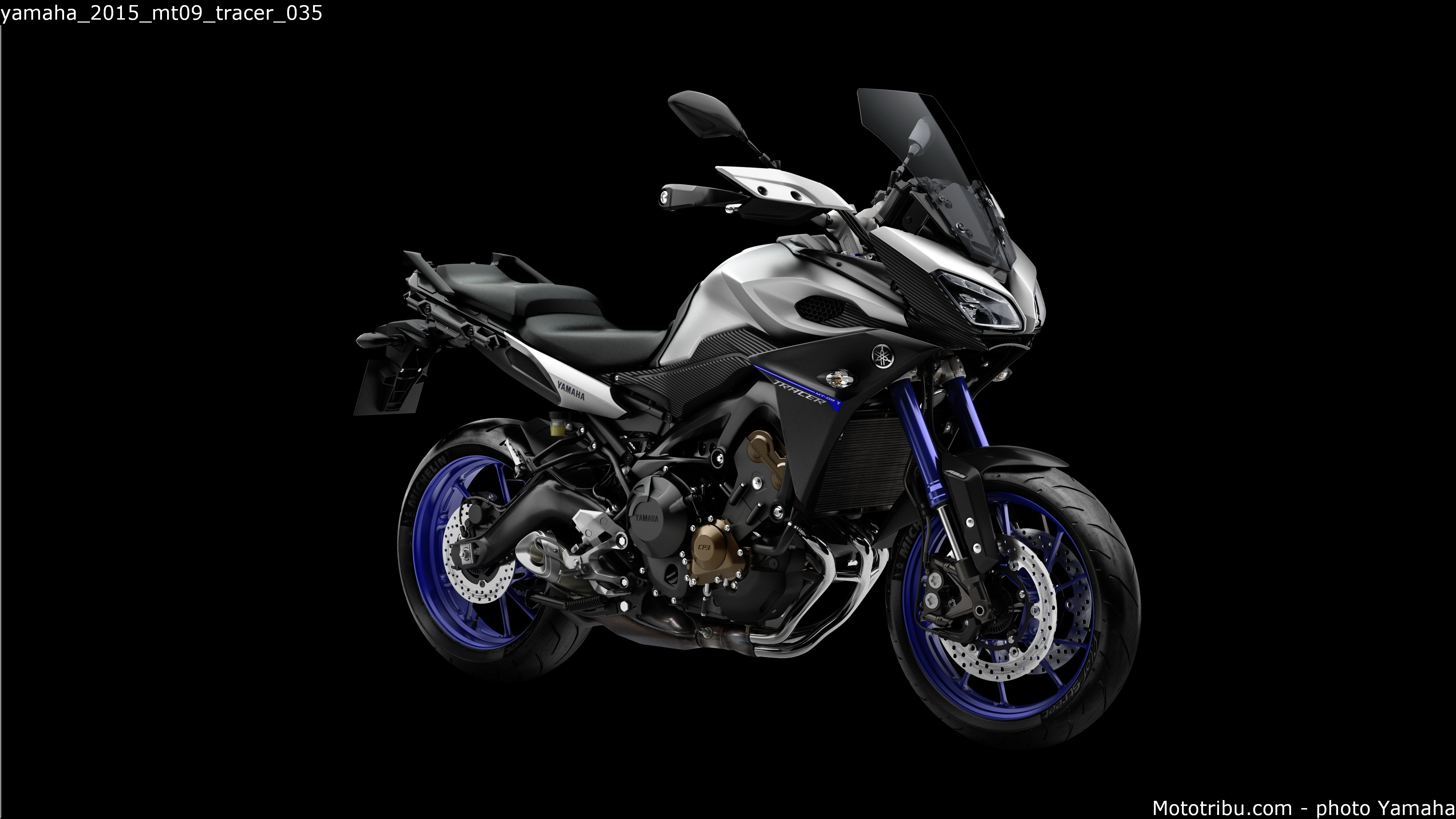 i moto yamaha mt 09 tracer makes its debut in malaysia. Black Bedroom Furniture Sets. Home Design Ideas