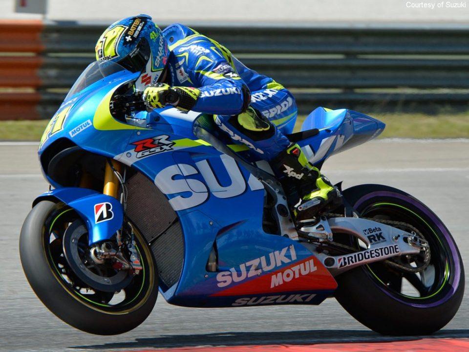Suzuki-Racing-2015-Sepang-2