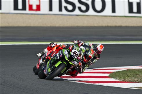 R11_Magny-Cours_WorldSBK_2016_Preview_Sykes_GB32098