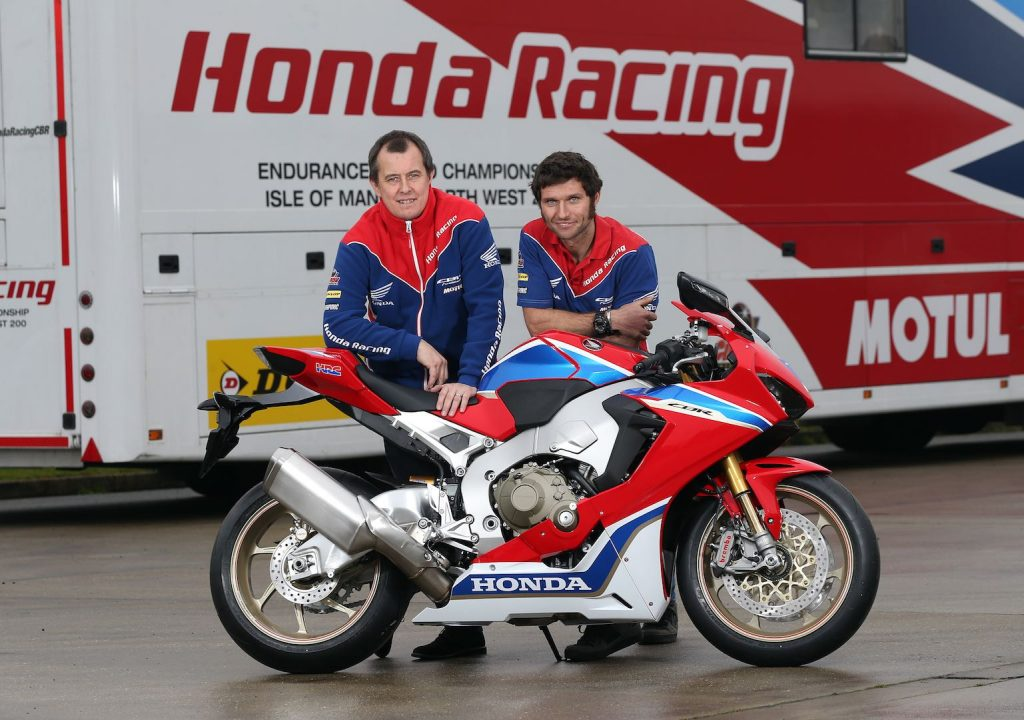 2017-guy-marting-john-mcguinness-together-on-honda-racing-sp2-1