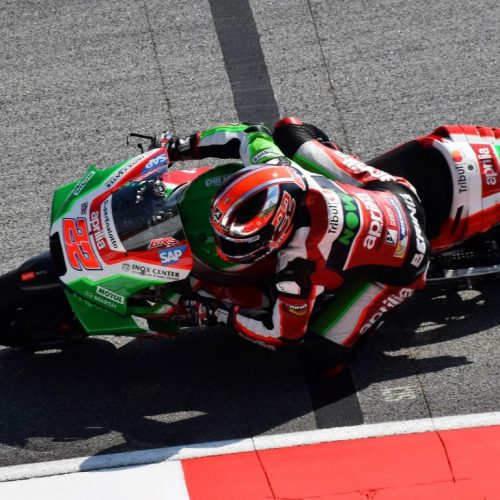 DOVIZIOSO WINS TO TAKE THE TITLE FIGHT TO THE WIRE