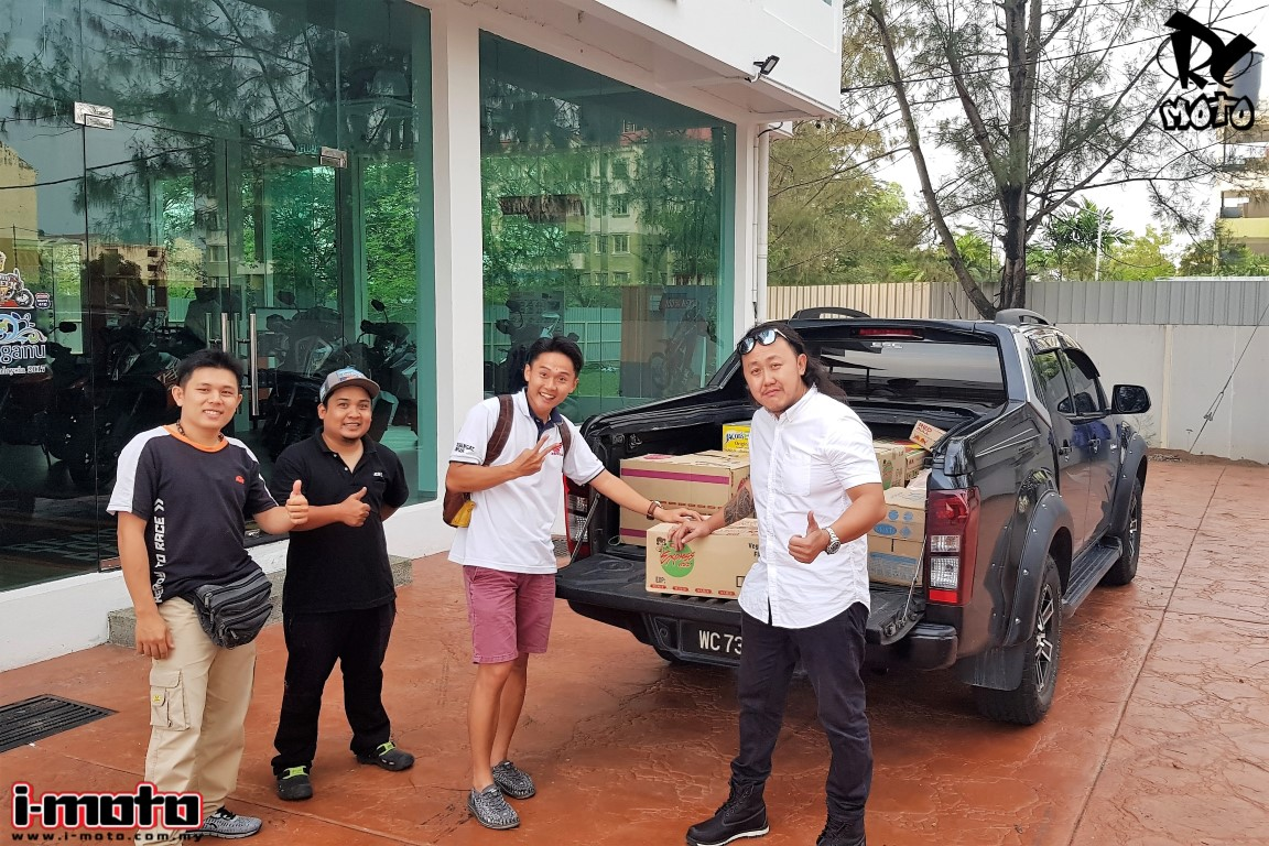 I-MOTO SENDS AID TO PENANG FLOOD VICTIMS