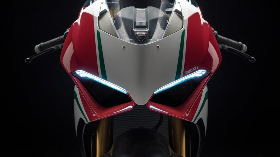 2018-ducati-panigale-v4-s-speciale-96
