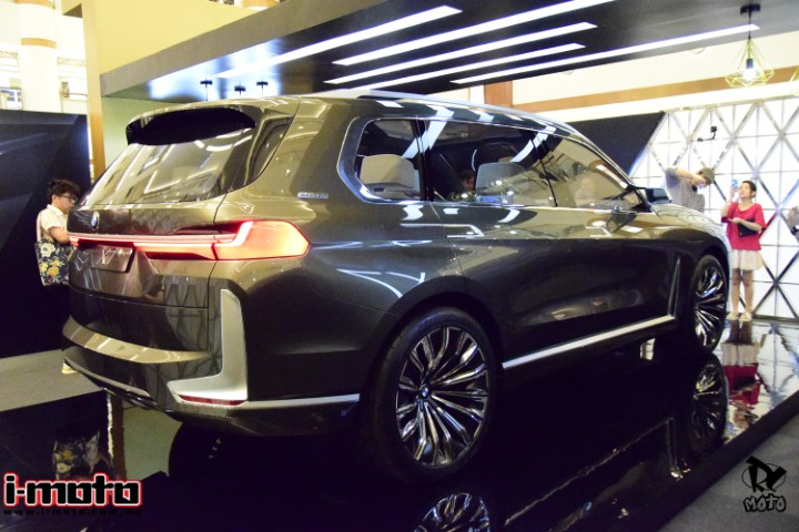 THE FUTURE OF PROGRESSIVE LUXURY, BMW X7 CONCEPT UNVEILED FOR THE FIRST TIME IN SEA