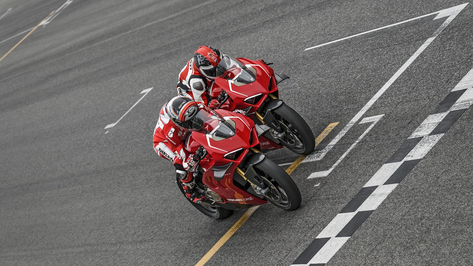 READY FOR WORLD SBK DUCATI PANIGALE V4-R