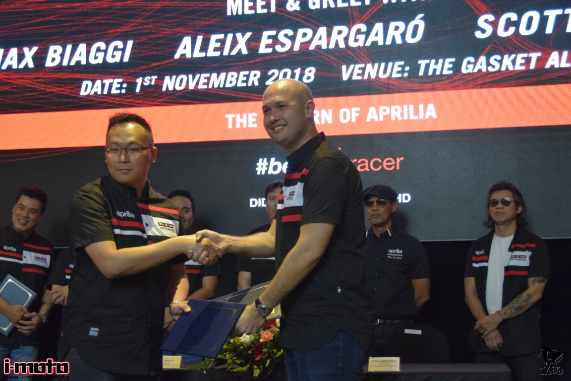 MEET AND GREET APRILIA RIDERS MAX BIAGGI, ALEIX ESPARGARO AND SCOTT REDDING
