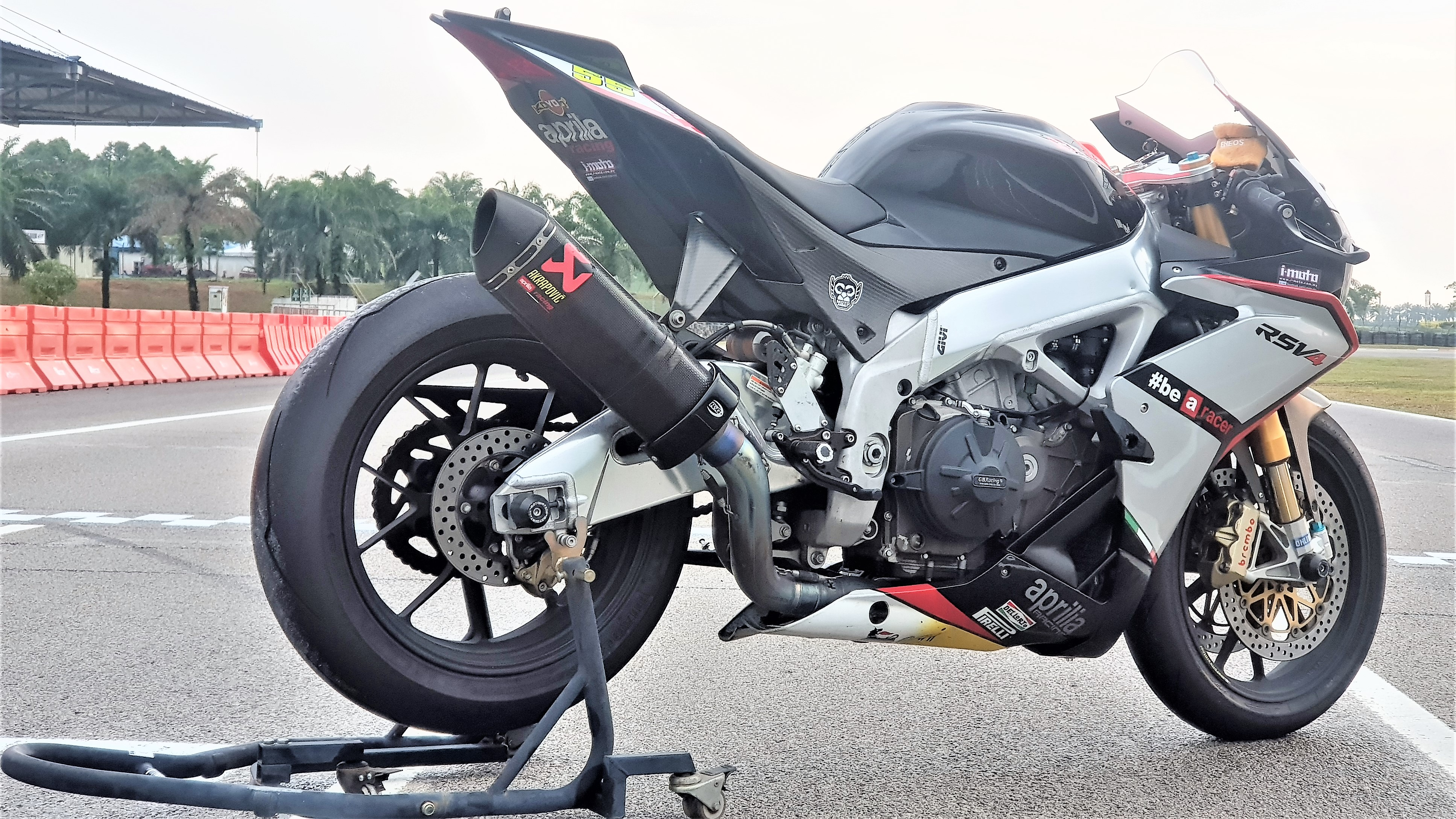 2009 RSV4 Factory for Sale